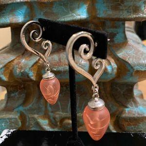Beautiful Swirly heart drop Earrings 💖⭐️
